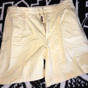 Polo *Yellow Tyler shorts size 36
